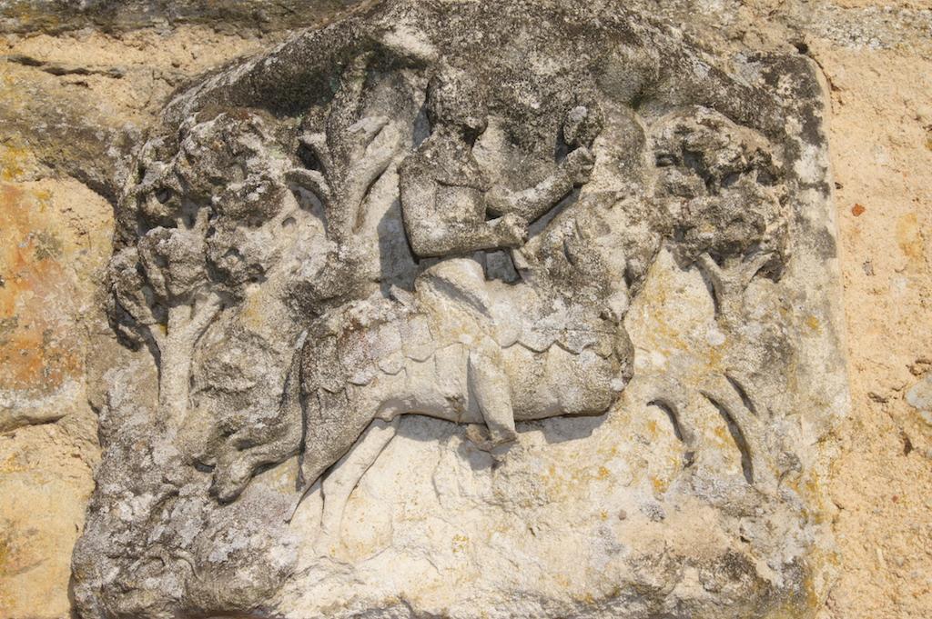 Vieilles pierres au Domaine de Lafayette : location château noces Morbihan